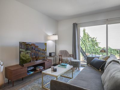 Photo for Ample Hayes Valley 1BR w/ W/D, by Muni, near Shops & Bars, by Blueground