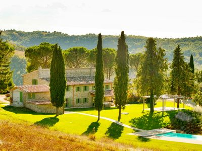 Photo for Fonticchio: Luxury Villa With Superb Views, Infinity Pool, Air-con. Free Wifi