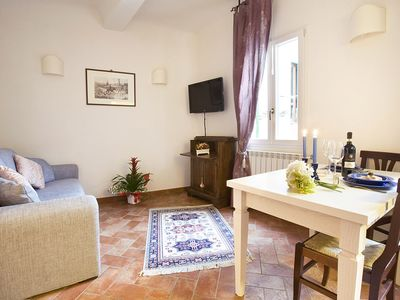 Photo for Ellen White apartment in Santa Maria Novella with WiFi & air conditioning.