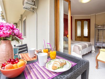Photo for Large apartment 100 meters from the beach with 3 bedrooms 2 bathrooms WiFi veranda