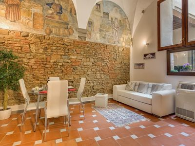 Photo for Apartment in the center of Florence with Air conditioning, Terrace, Washing machine (658660)