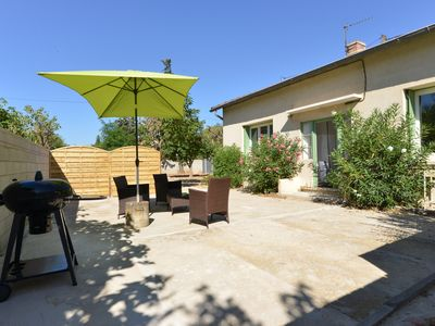 Photo for Near Avignon and the vineyards of Chateauneuf du Pape, in the heart of Provence
