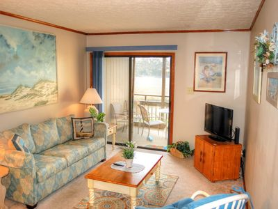 Photo for Cozy ground floor condo across the street from the beach and Ocean Annie's