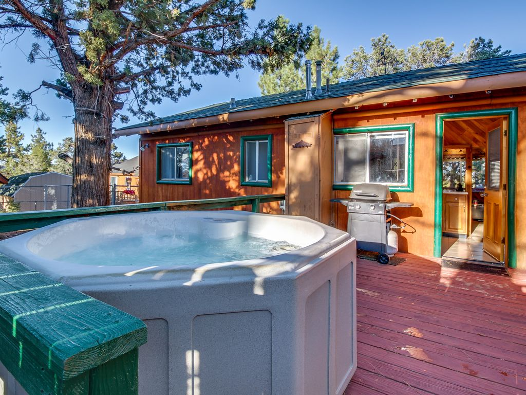 Lincoln Log Lodge Cozy Big Bear Cabin W Private Hot Tub
