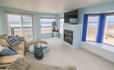 Photo for Magnificent Oceanfront Views One Block from Casino in Lincoln City!