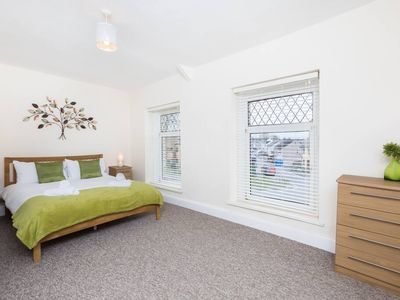 Photo for Castle Retreat - 3 Bed House