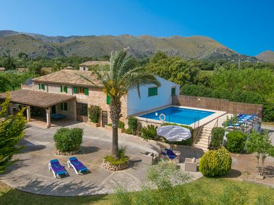 Photo for 4 bedroom Villa, sleeps 8 in Pollença with Pool, Air Con and WiFi