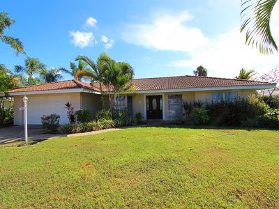 Photo for The Chipping Lane Home: 2 BR + Den/ 2 BA House by RVA, Sleeps 6