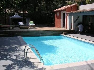 Photo for Beautiful family villa with large poolhouse in the 'venice provencale'.