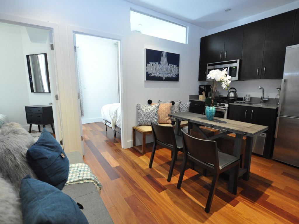 Beautiful 3 Bedroom 1 Bath Large Patio Long Island City New York