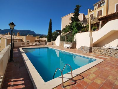 Photo for Great summer location with 3 bedrooms, spacious terrace and pool