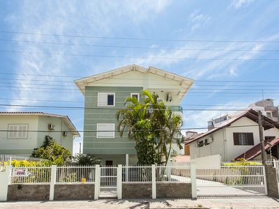 Photo for Beach apartment Cachoeira Bom Jesus 60 mts sea