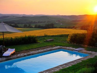 Photo for Beautiful private villa with A/C, hot tub, private pool, WIFI, TV, patio, close to Montepulciano
