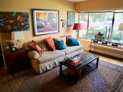 Photo for Charming Artist's 2 BedroomApartment