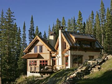 Custom cabin retreat 2 miles to ski cooper 25 to vail for Cabins for rent near vail colorado