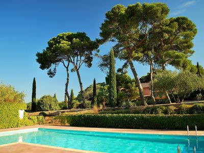 Photo for Family Friendly Villas with pool near Canal du Midi, Languedoc