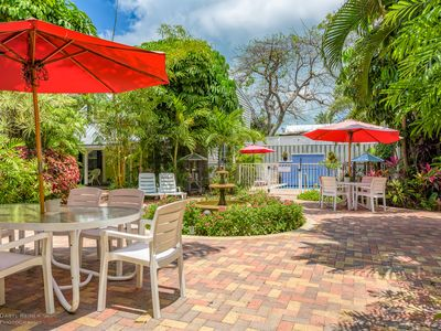 Bonaire Suite- A beautiful Island Retreat- Shared Pool- Gated compound