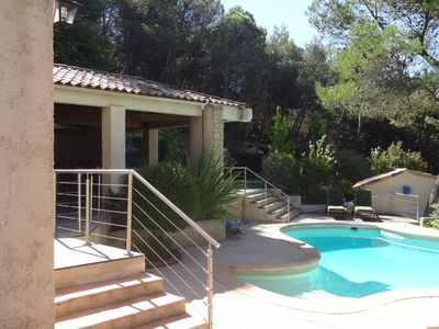 Photo for Charming villa in a quiet area, 20 minutes north of Aix-en-Provence