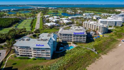 Photo for Oceanfront 2-BR Condo Overlooking the Marriott Resort Tiki Bar and Pool