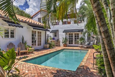 Incredible West Palm Beach Cottage W Pool 4 Miles To Beach Old Northwood Historic District Download Free Architecture Designs Sospemadebymaigaardcom