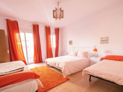 Photo for Nice apartment in the historic and commercial center of Reus.