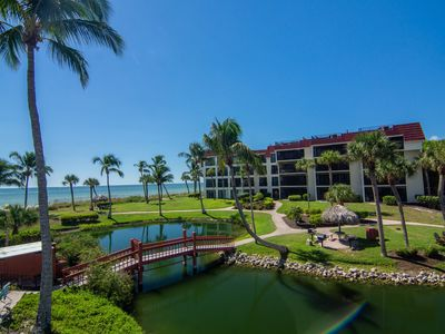 Photo for Condo with beautiful views- family friendly, pool, tennis, BBQ, internet