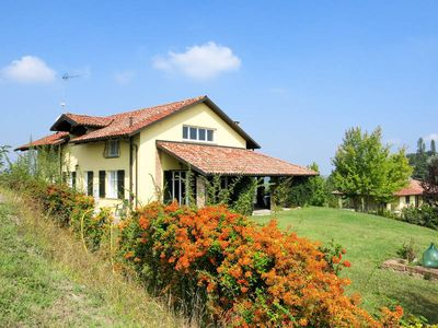 Photo for Vacation home Villa Gaboardi  in Mombercelli (AT), Piedmont - 12 persons, 4 bedrooms