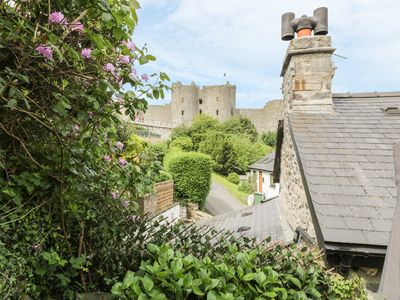 Photo for HEDD, pet friendly, character holiday cottage in Harlech, Ref 946803