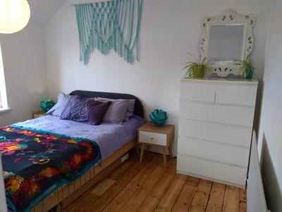 Photo for Comfy home for groups and families. Free parking.