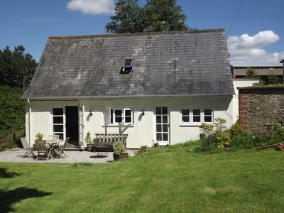 Photo for Stunning cottage in beautiful North Dorset near Gillingham with large garden