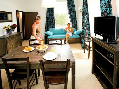 Photo for Residence Castle Keraveon - 3-Room Cabin 6/8 People