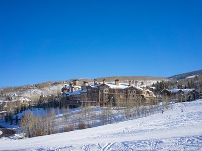 Photo for 2 Bedroom Condo in Ski-In/Ski-Out Complex, Full Kitchen, Heated Pool and Hot Tub Access