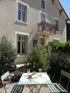 Photo for Chez Louis, Apt Jardin, 1bdr/1bth, tranquil, near Beaune, cyclists dream