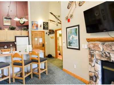 Photo for 2 Bedroom/ 2 Bath Condo; 5 Min Walk to Slopes; Top Floor Family-Friendly Condo