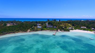Coconut Ranch - Beautiful Secluded Harbourside  Compound Villa and Pool