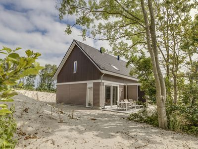 Photo for Luxury 4-person villa - Middenduin in the holiday park Landal Strand Resort Ouddorp Duin - on the coast/the beach
