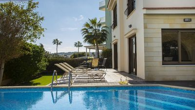 Photo for Detached Family Villa, A/C, Private Pool just 200 meters from the Sea in the heart of Protaras!