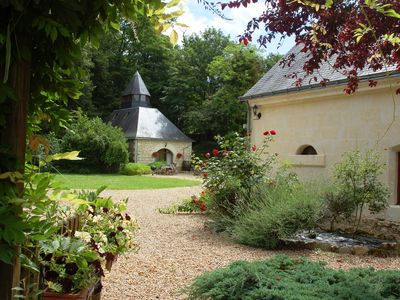 Photo for Luxury gites & B&B, near Saumur, in 18thC former wine estate, heated pool