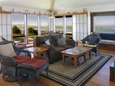 Photo for Comfortable Single Level Home. Large deck, views of the Ocean