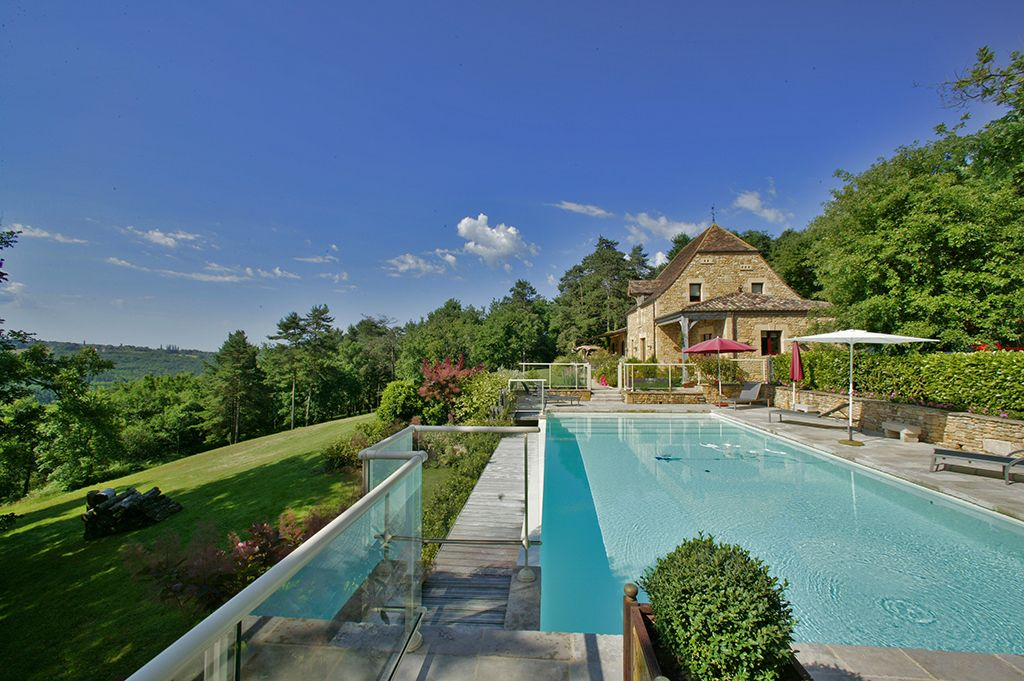 Luxurious Large Cottage 5 Star Pool Far Reaching Views In