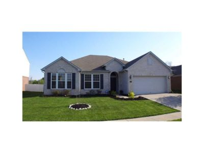 Photo for Spacious 4 Bedroom, Close to Downtown Indy!