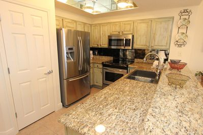 Fully Stocked Kitchen with high end appliances
