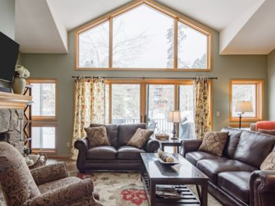 Photo for 3BR / 3BA Breck, easy walk to slopes and town