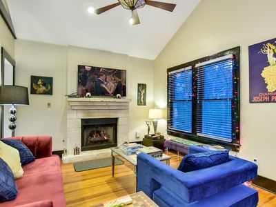 Photo for Walk 2 DT Lux 4BR 4BA 2Masters Plunge Pool Walk to SoCo, Rainey Conv Ctr/HotTub