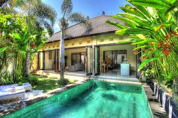 Photo for Villa Delice - In Seminyak (Sunset Road)