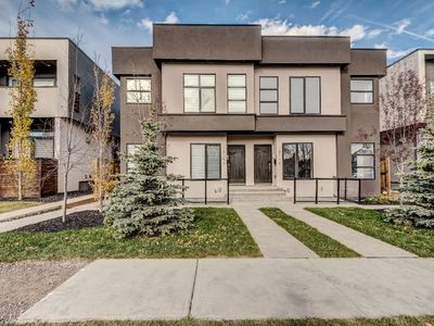 Photo for STUNNING 3 BED + 3.5 BATH HOUSE IN KENSINGTON! (Downtown Calgary)