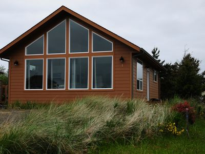 Photo for Moonraker Cottage - Minutes to Damon Point Beach