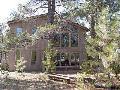 Photo for Tranquil, well-kept Cabin with Log Furniture & SHARC passes at 1, Whistling Swan