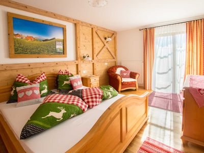 """Photo for Apartment Mondsee - apartment on the farm """"Margarethengut"""" am Attersee"""