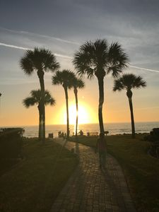 Photo for Cute 2BR/2BA Beach Condo Steps to the Gulf and Lemon Bay